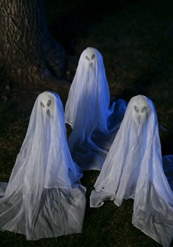 Small Ghostly Group -19 Inches