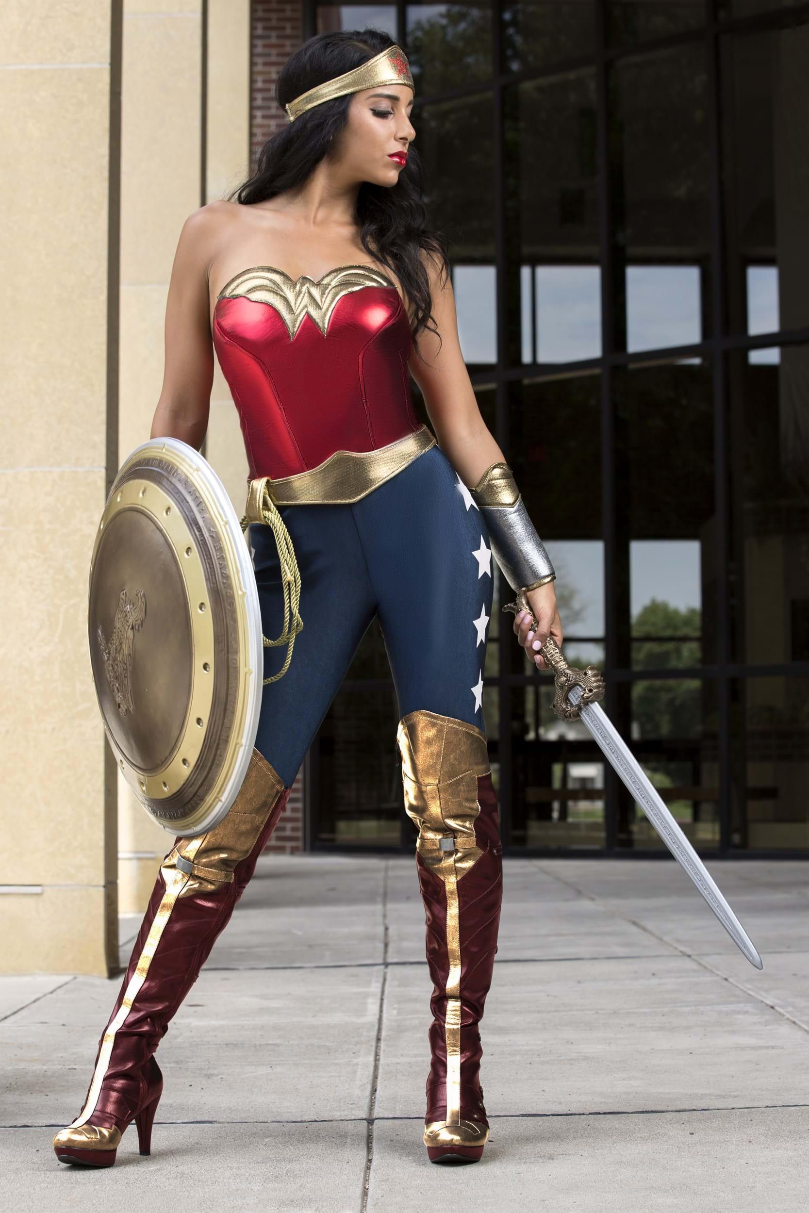 6fa431bd08492 DC Wonder Woman Adult Costume