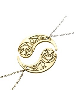 Crescent Haysian Smelt Necklace From Star Wars Episode 8